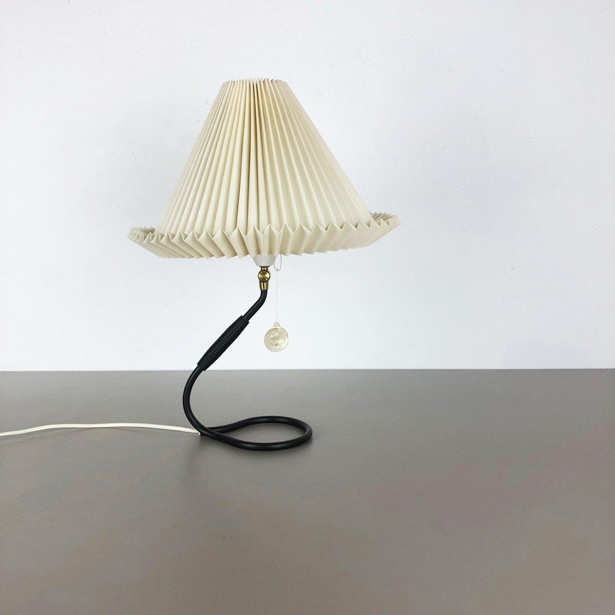 Mid-Century Tischlampe von Kaare Klint für Le Klint, 1960er