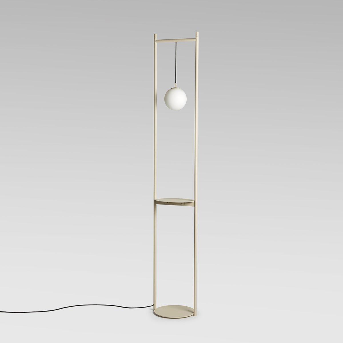 Heis Stehlampe in gebrochenem Weiß von Matteo F...