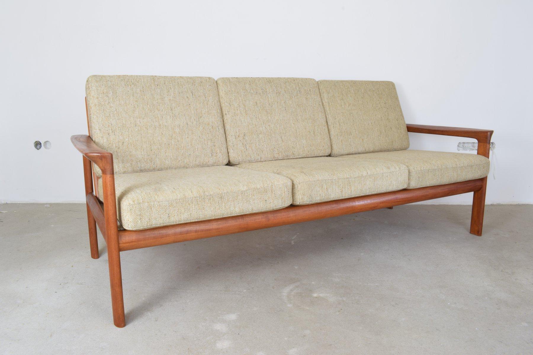 Dänisches 3-Sitzer Sofa aus Teak von Sven Ellekaer für Komfort ...