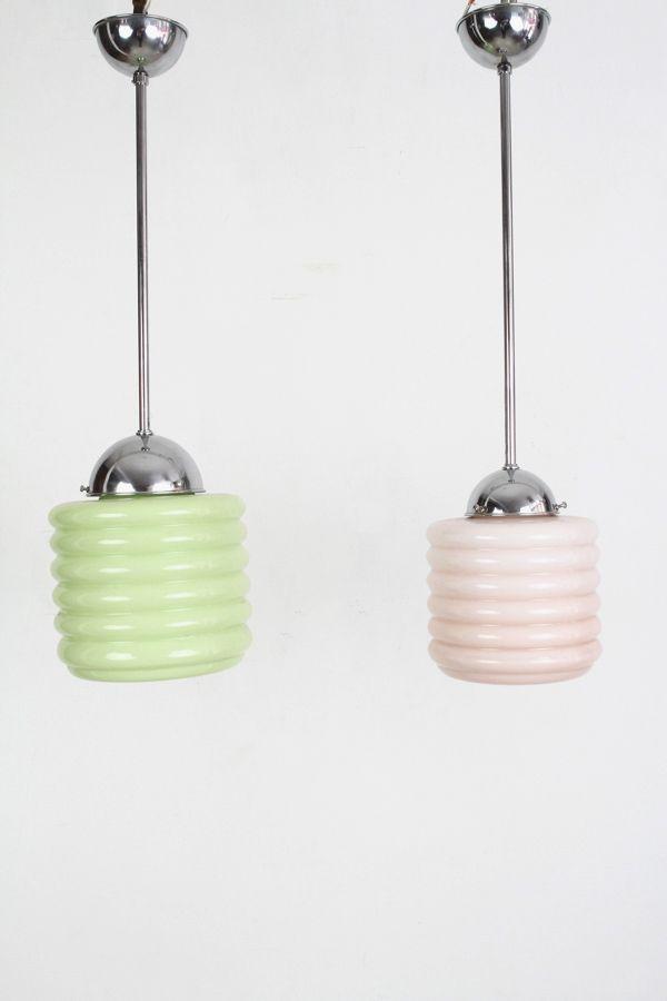 Hängelampen aus rosafarbenem und grünem Opalglas, 1930er, 2er Set
