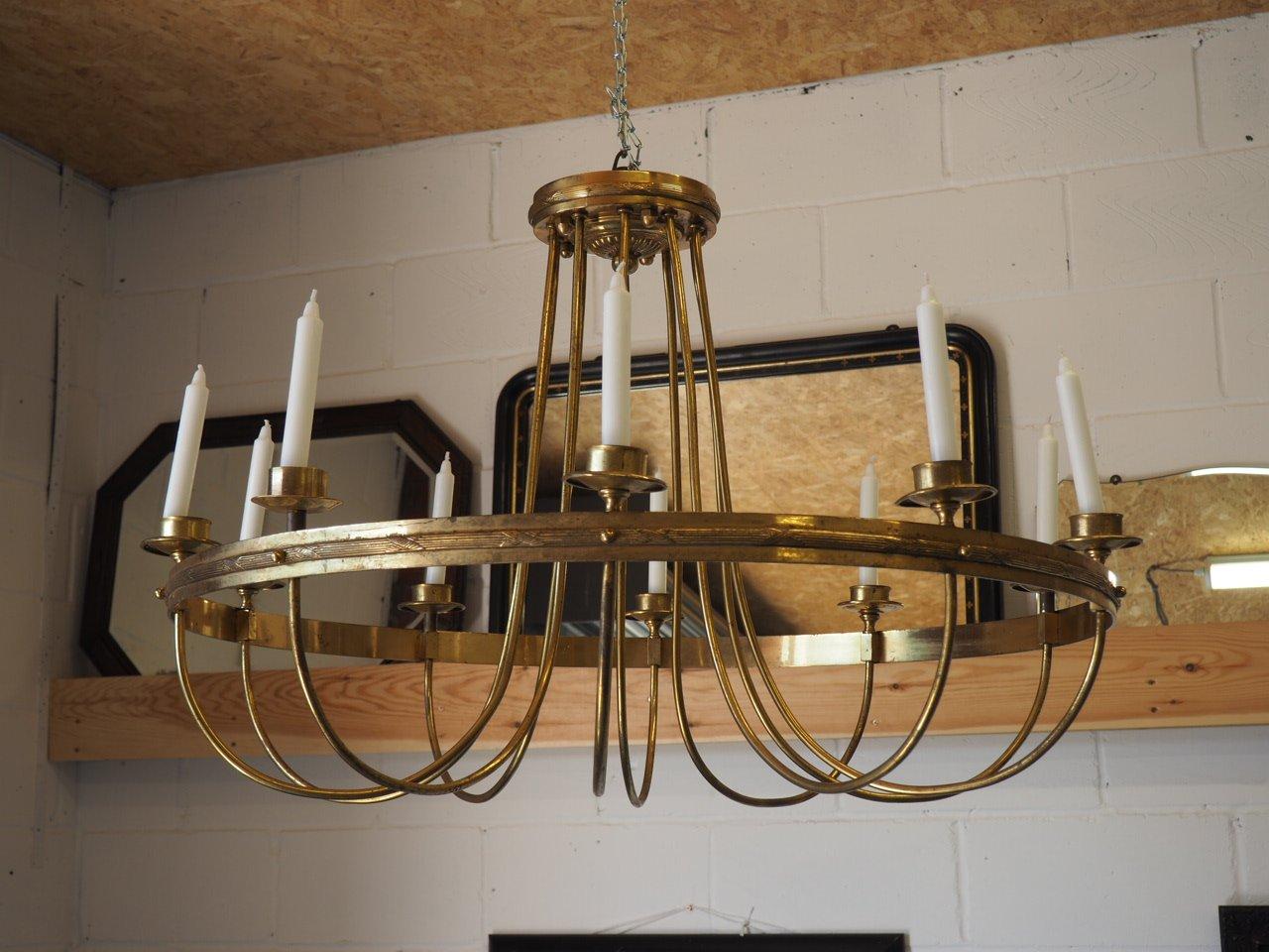 Antiker Kronleuchter aus vergoldetem Messing