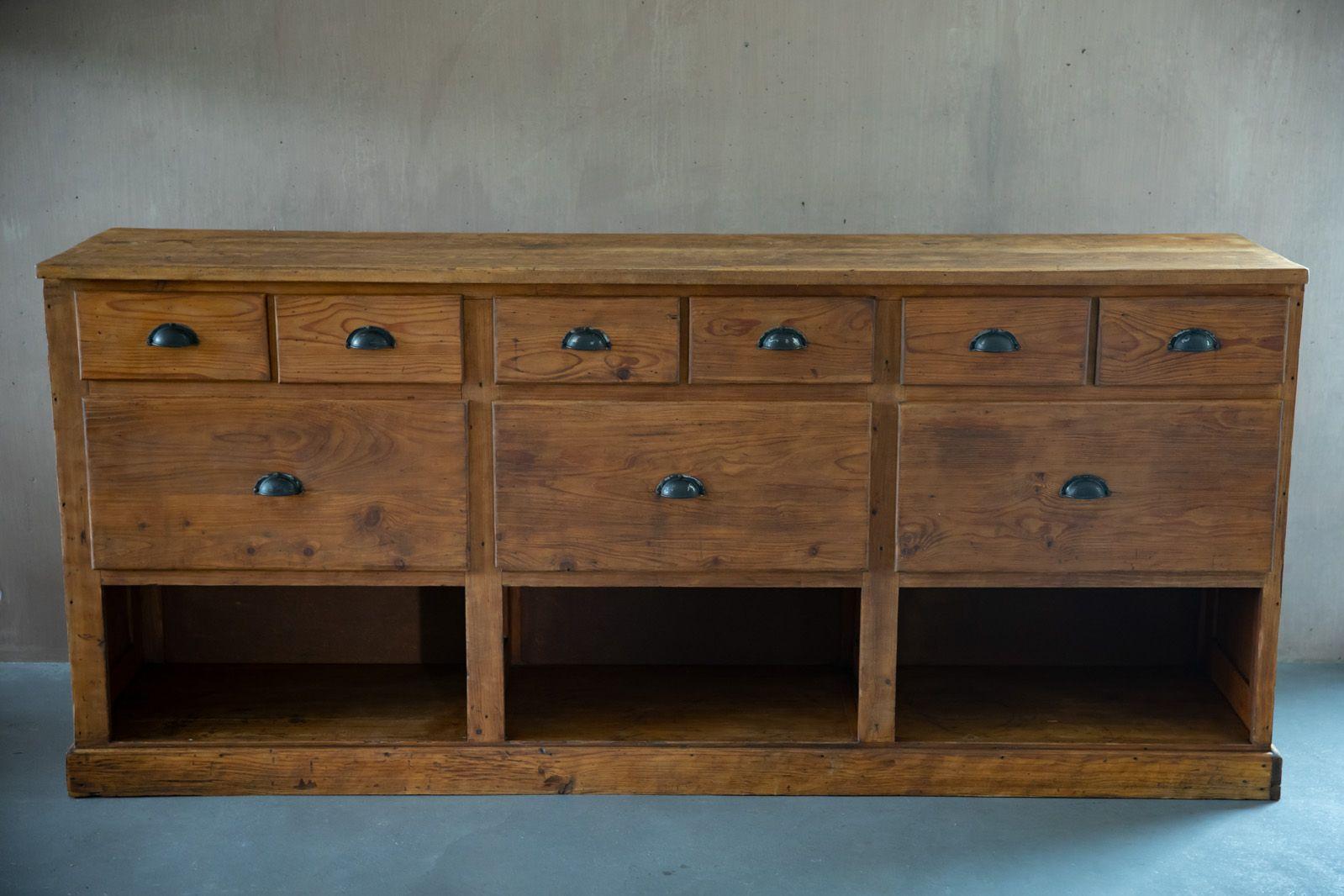 Vintage Sideboard aus Massivholz
