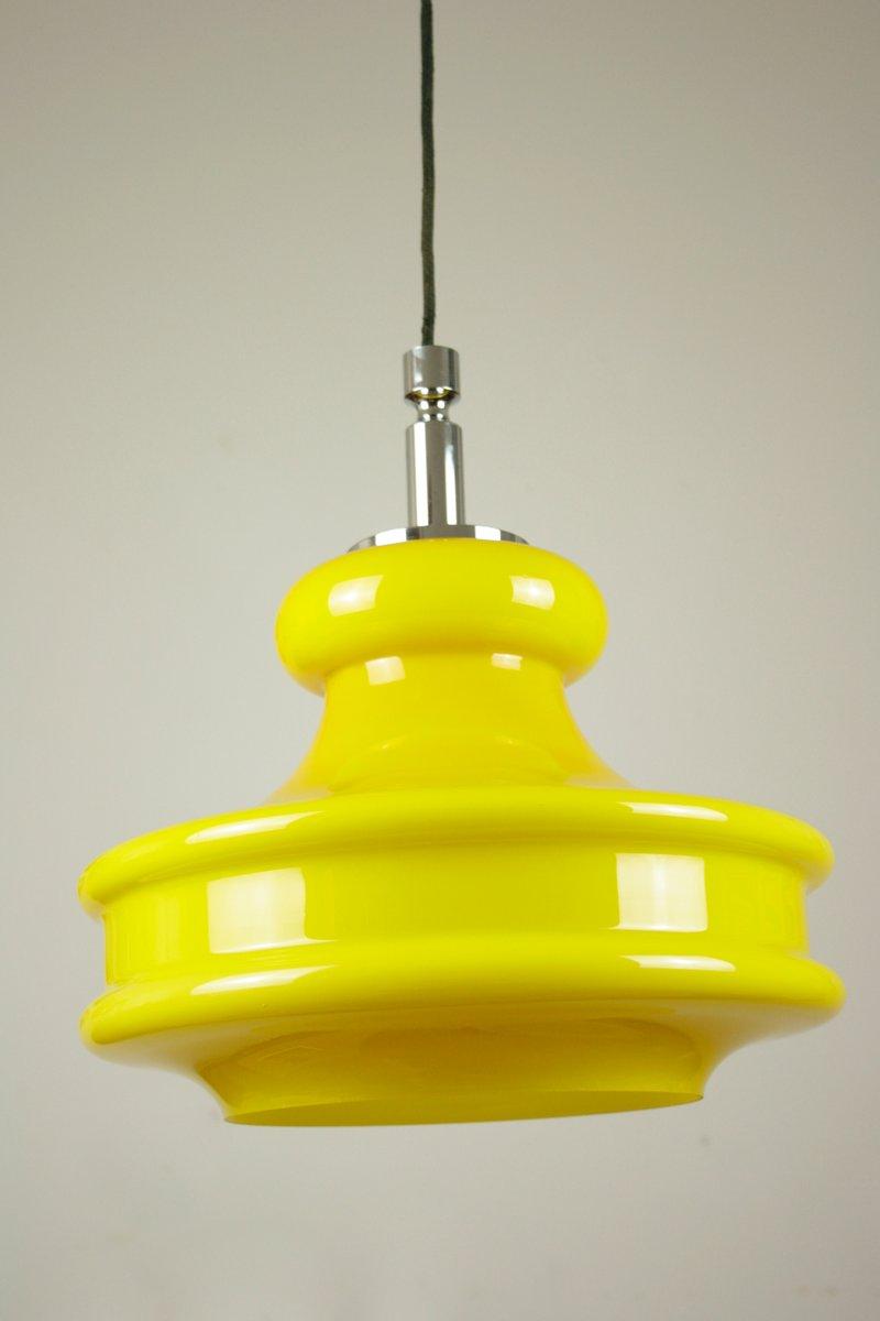 Große gelbe Hängelampe aus Glas von Peill & Putzler, 1960er