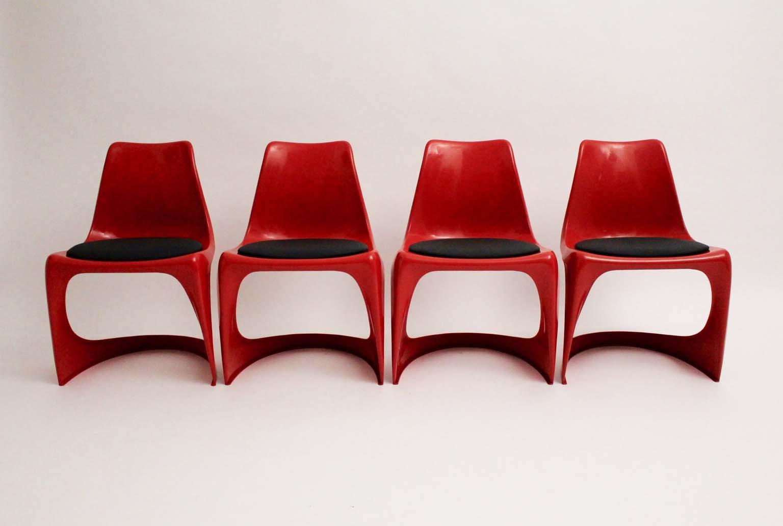 Vintage Stühle aus rotem Kunststoff von Steen Ostergaard für Cado, 197...