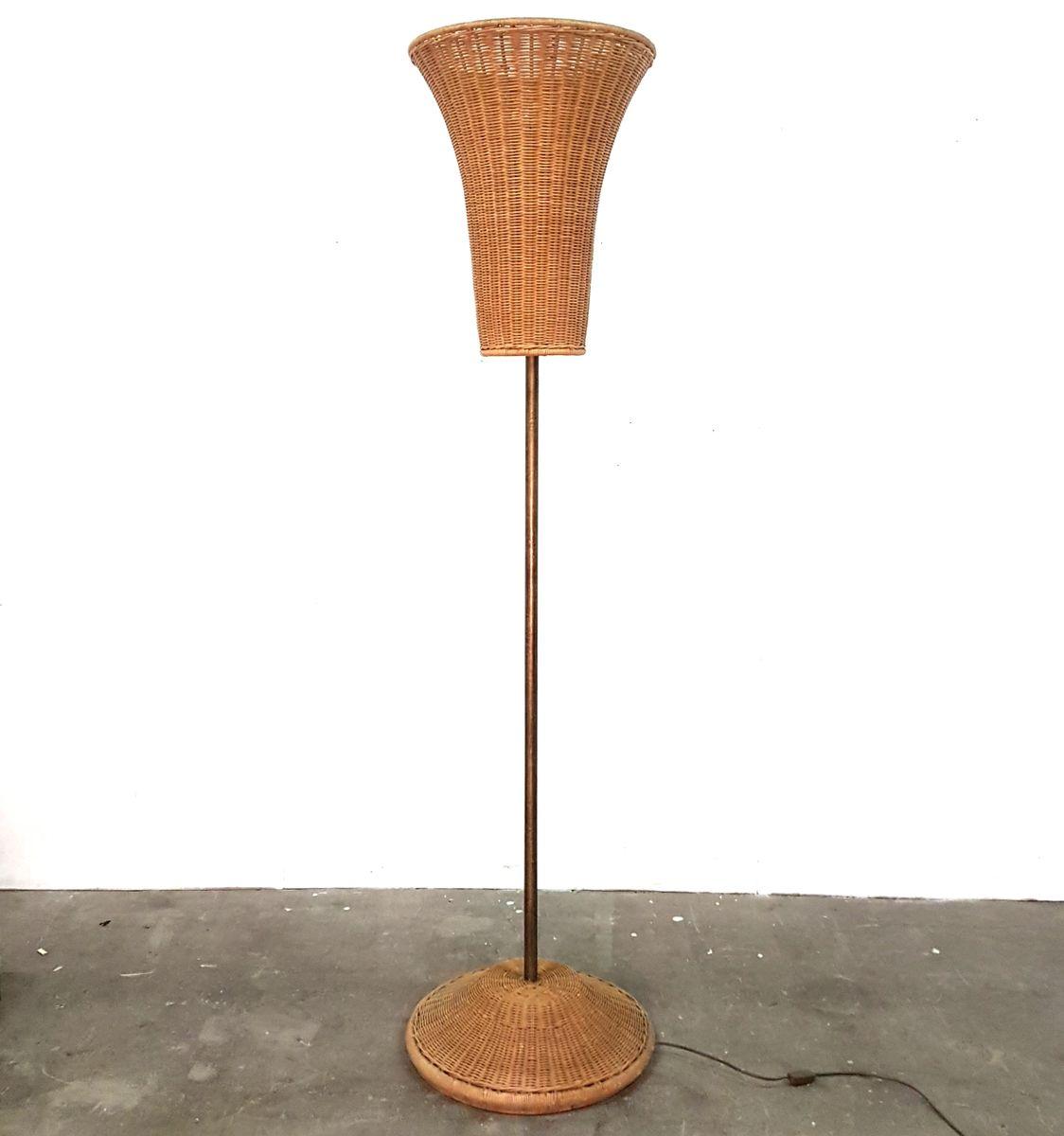 Vintage Stehlampe aus Eisen & Korbgeflecht