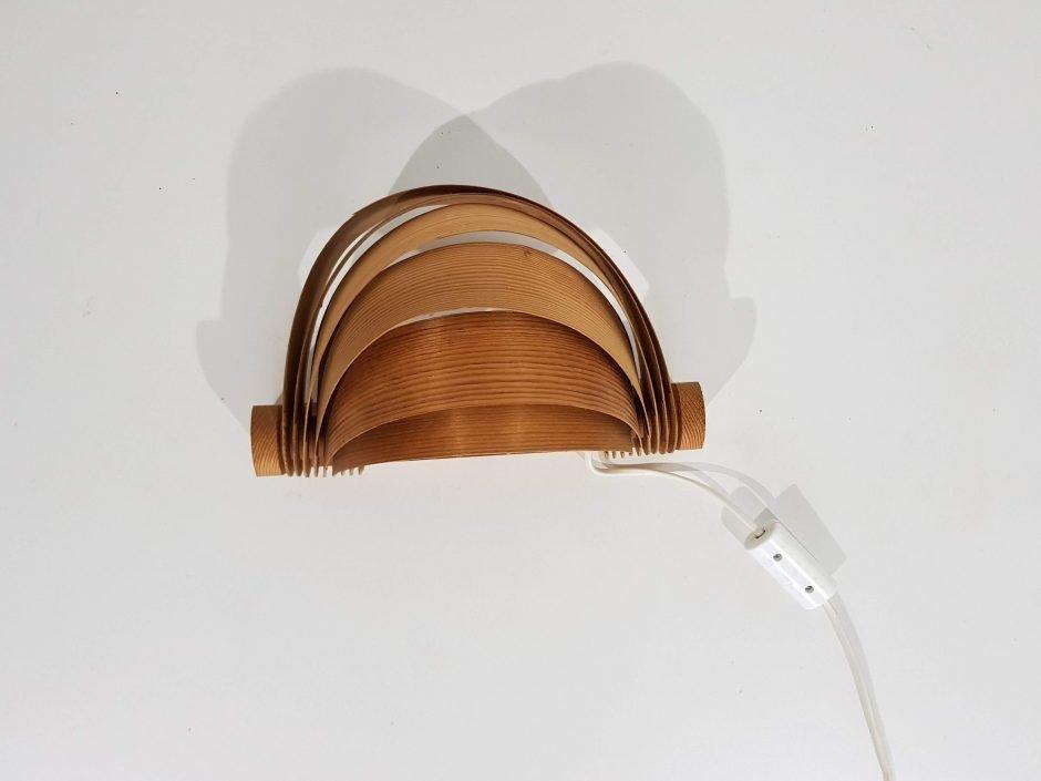 Hölzerne Wandlampe von Hans-Agne Jakobssen für AB Ellysett, 1960er