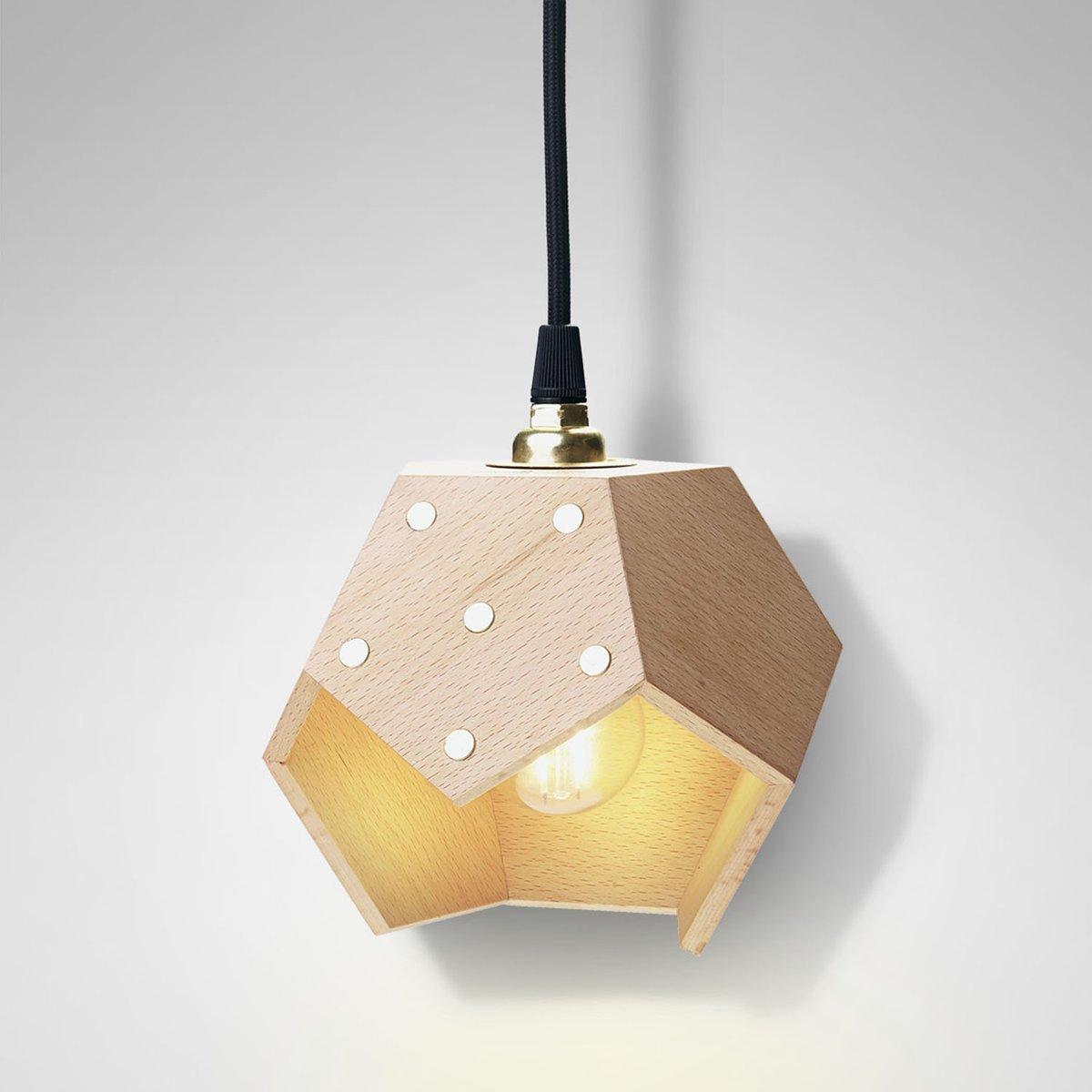 Basic TWELVE Solo Hängelampe aus Holz von Plato Design