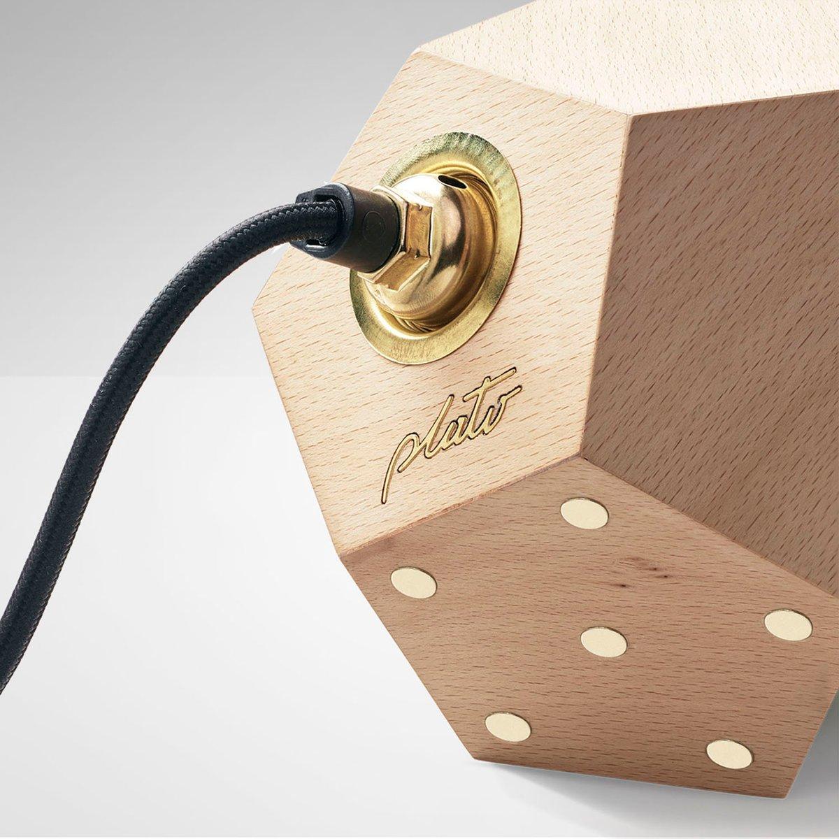 basic twelve solo h ngelampe aus holz von plato design bei pamono kaufen. Black Bedroom Furniture Sets. Home Design Ideas