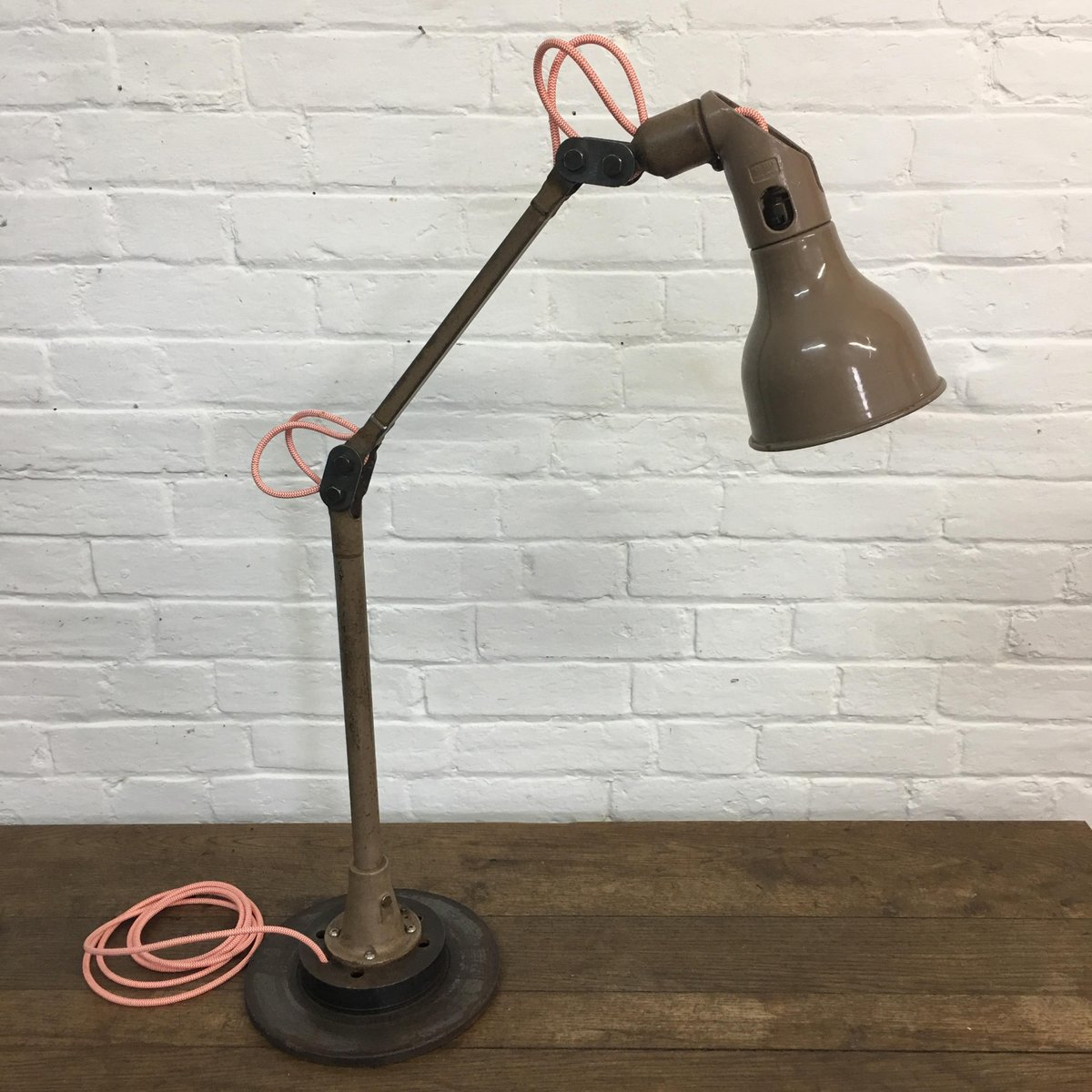Vintage Schreibtischlampe von Mek Elek