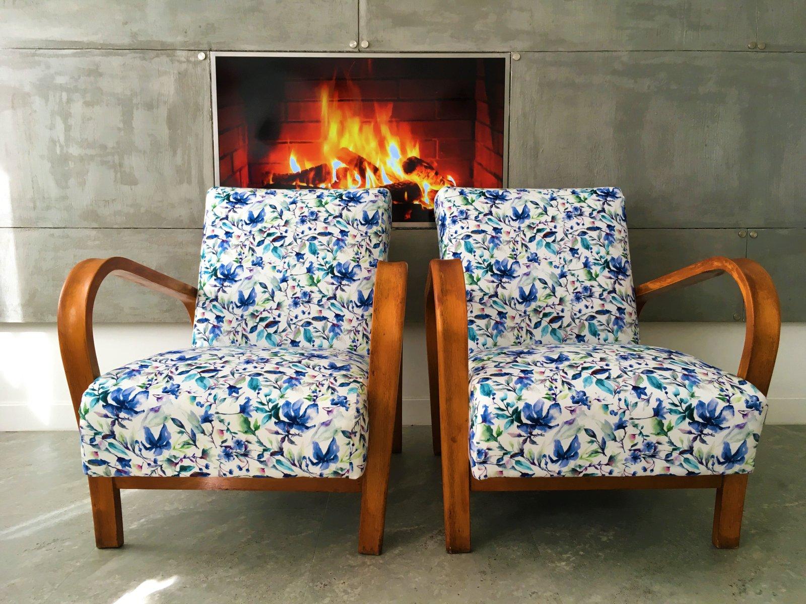 HF11 Sessel aus Bugholz mit blauem floralem Samt von Jind?ich Halabala...