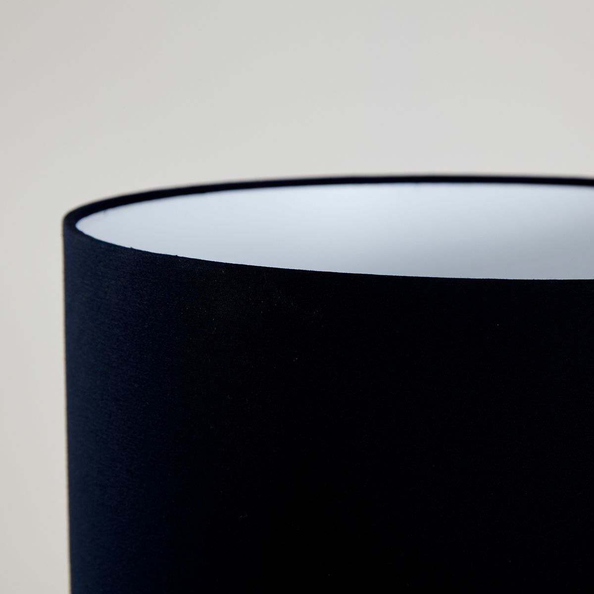 lampe in schwarz gold 1950er bei pamono kaufen. Black Bedroom Furniture Sets. Home Design Ideas
