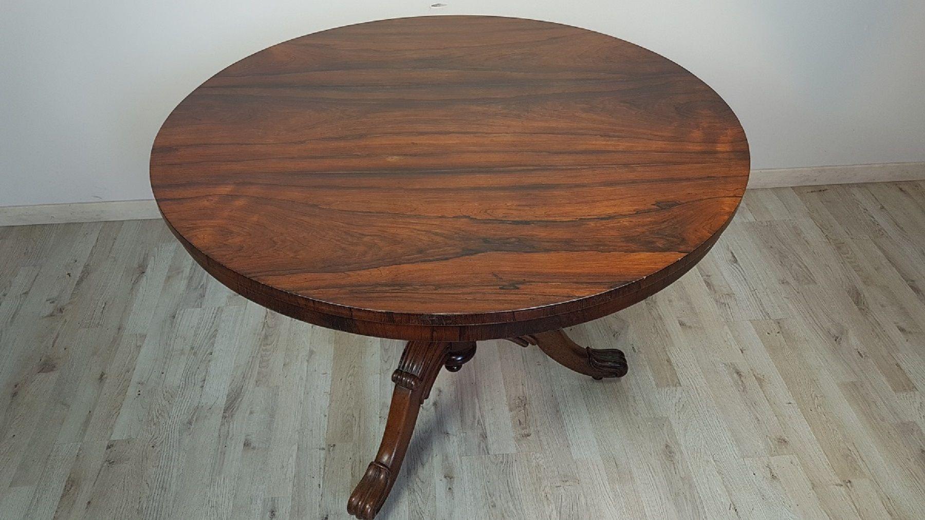 Tavolo rotondo antico in mogano in vendita su Pamono