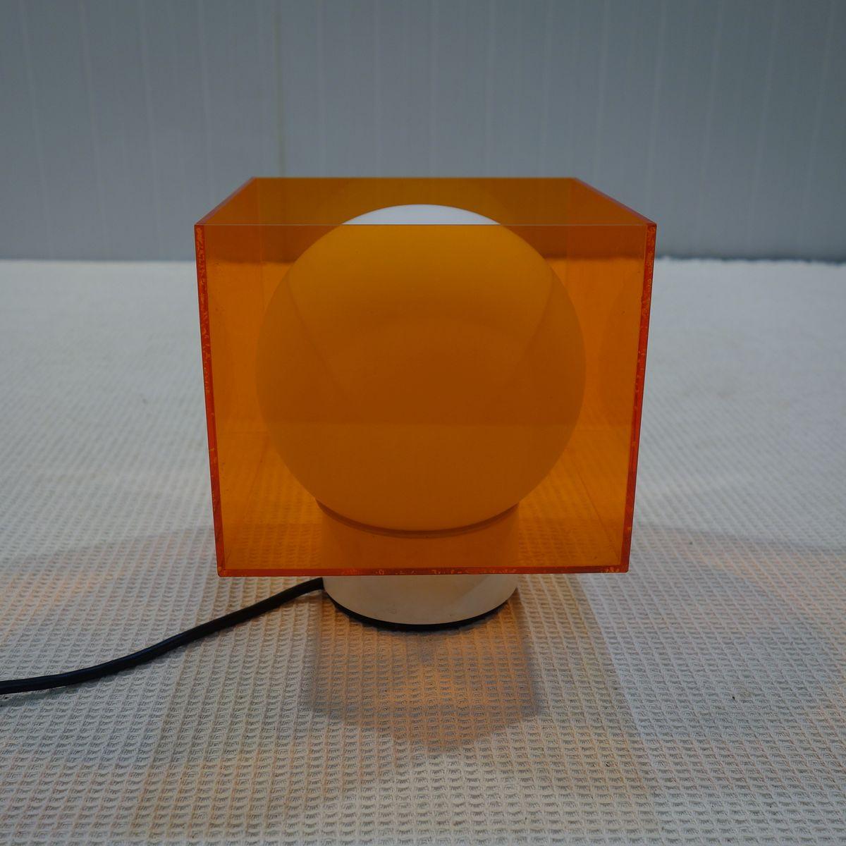 Orange Tischlampe aus Plexiglas von Atlas, 1970er