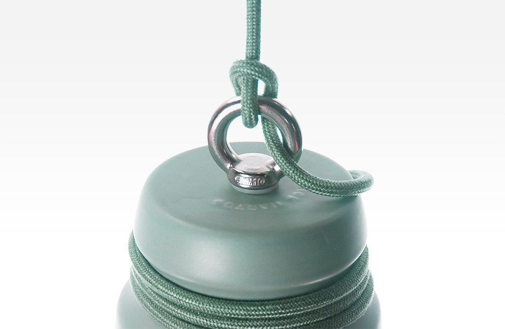 kleine lampe aus mattem gr n glasiertem steingut mit kabel von patrick hartog bei pamono kaufen. Black Bedroom Furniture Sets. Home Design Ideas