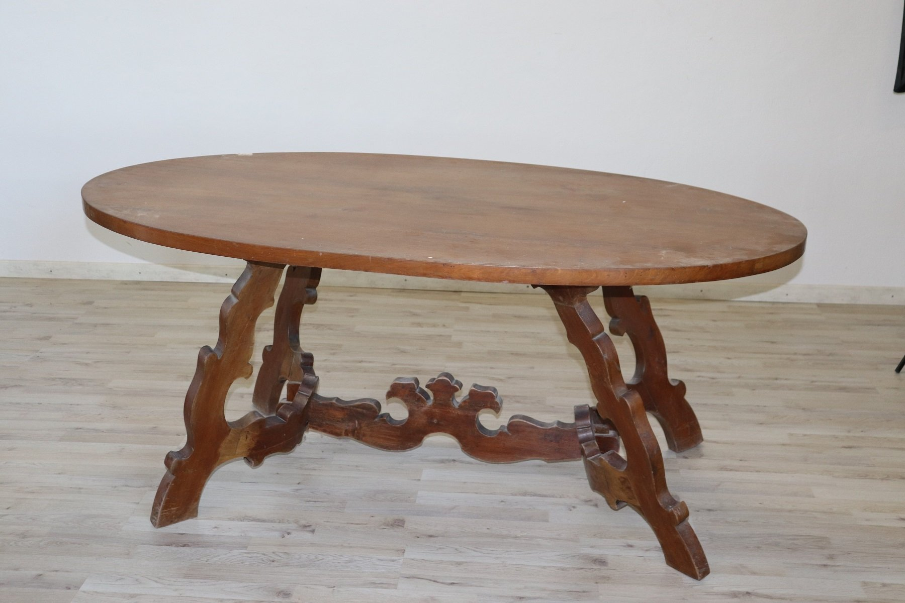 Tavolo Ovale Antico : Tavolo ovale bianco antico: tavolo bianco ovale eziadilabio. tavoli