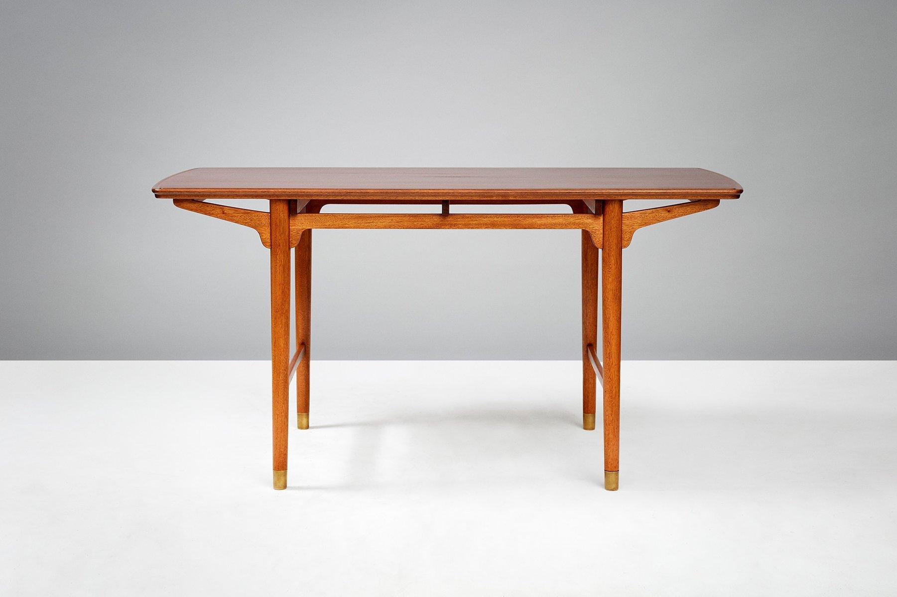 Vintage Tisch aus Mahagoni von Frode Holm