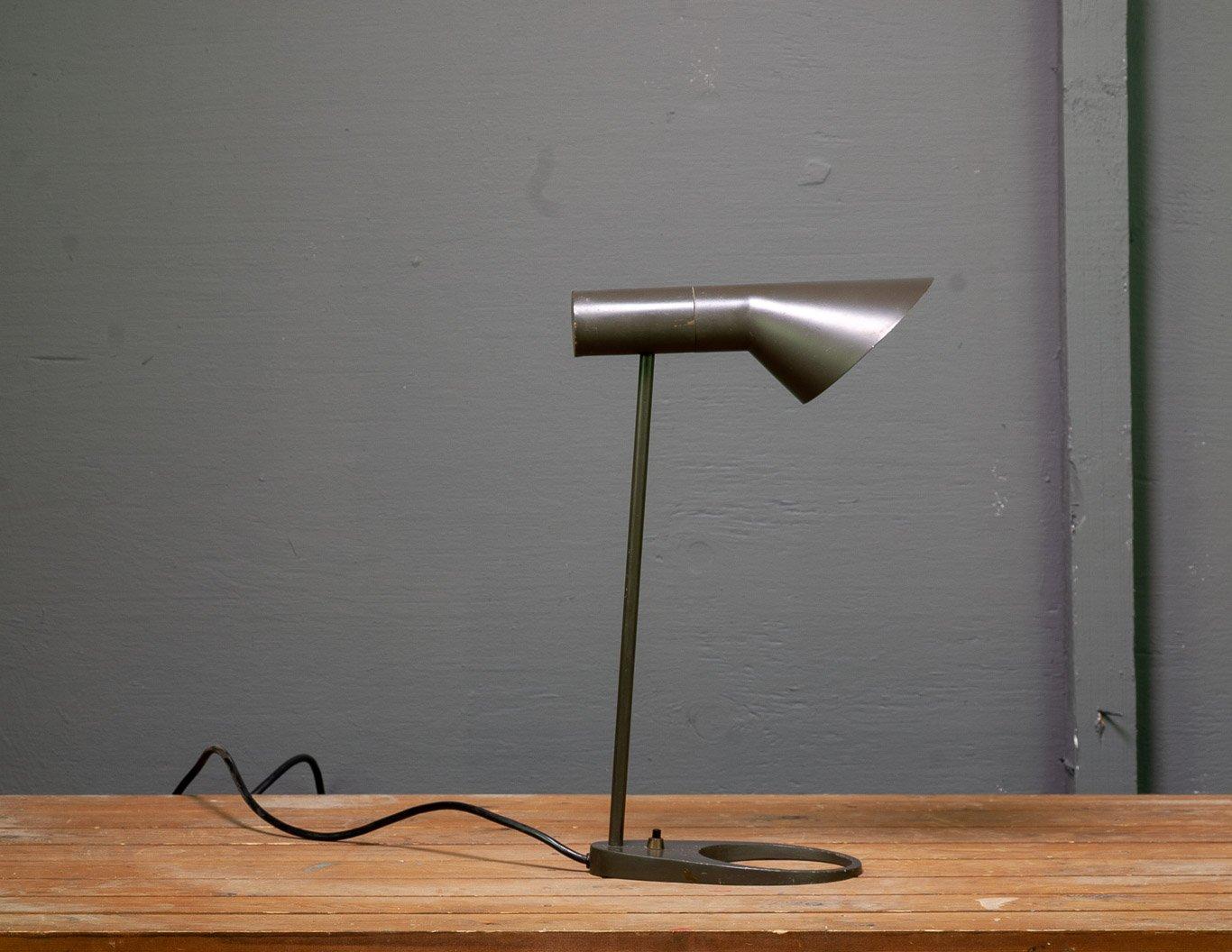 Visor Modell 23521 Tischlampe von Arne Jacobsen für Louis Poulsen, 196...
