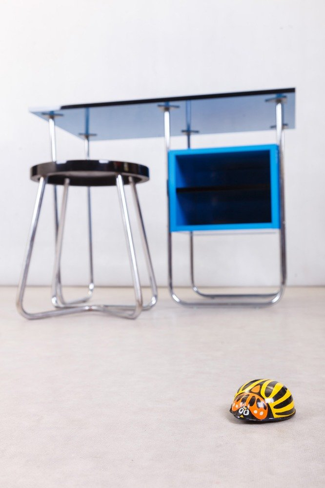 Pleasant Small Writing Desk 1940S Gmtry Best Dining Table And Chair Ideas Images Gmtryco