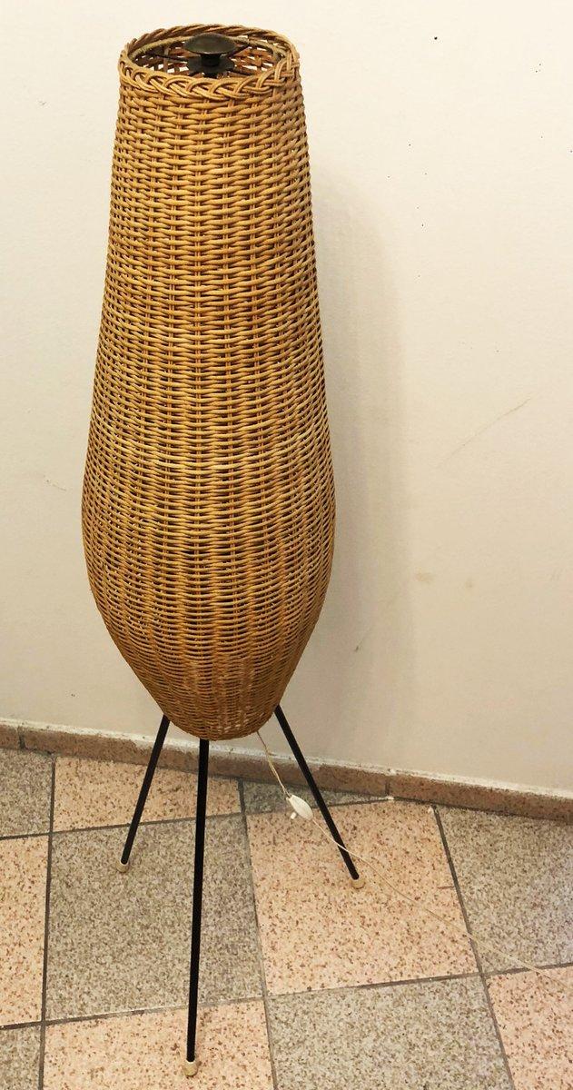 mid century stehlampe mit schirm aus korbgeflecht bei. Black Bedroom Furniture Sets. Home Design Ideas