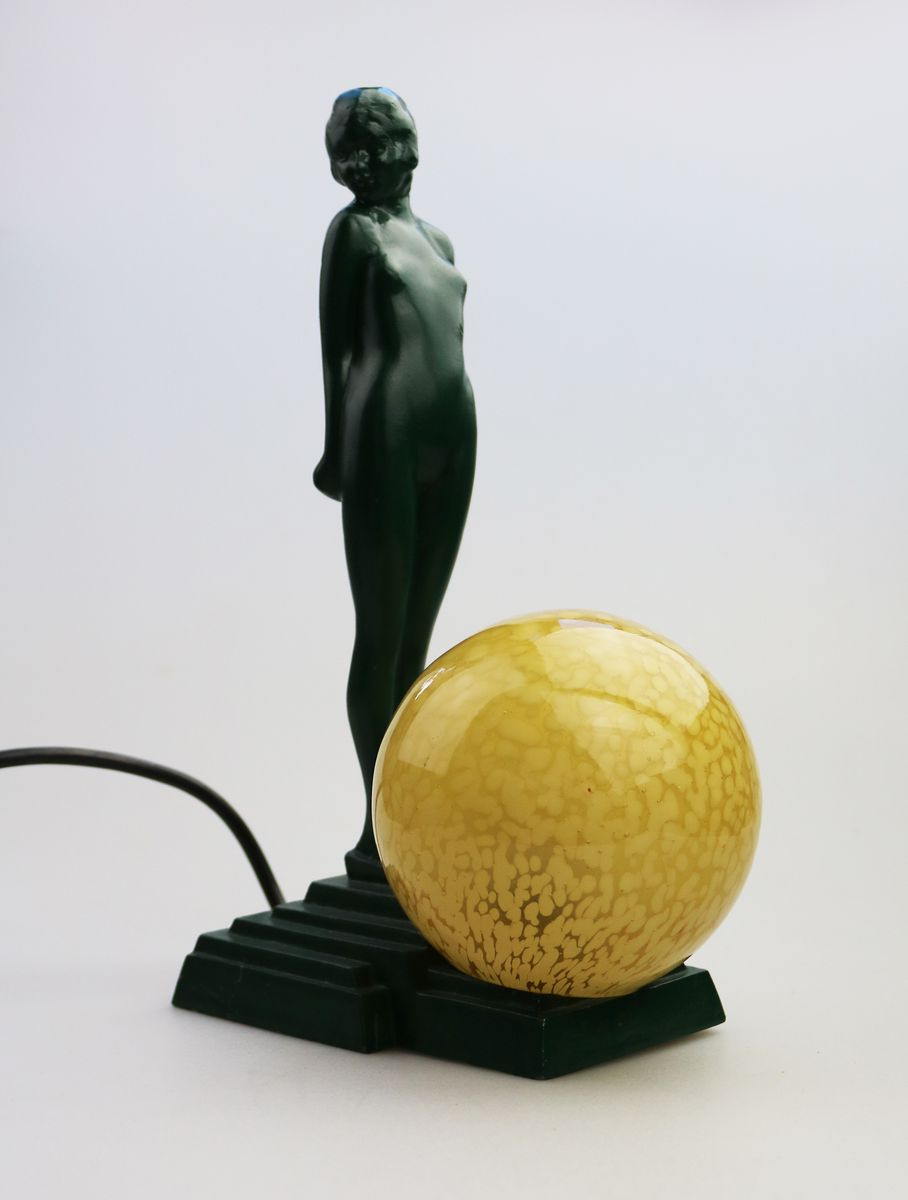 Art Deco Maiden Table Lamp, 1930s for sale at Pamono