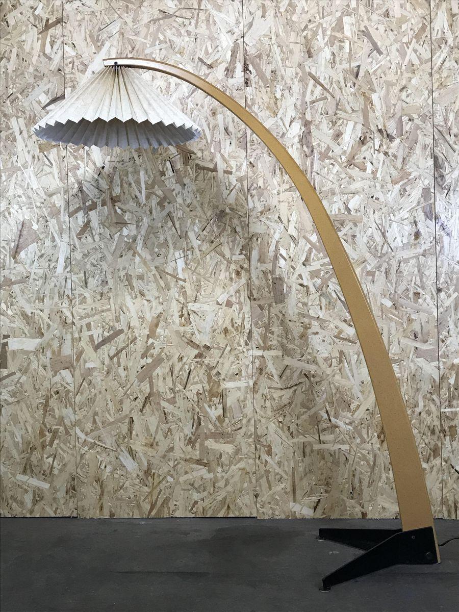 Moderne dänische Vintage Stehlampe von Caprani
