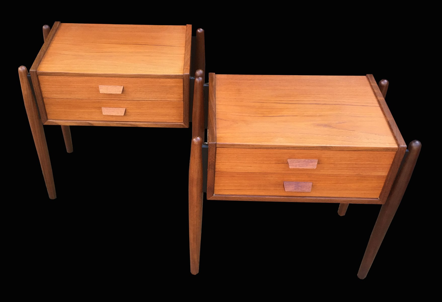 Mid Century Teak Bedside Tables Set Of 2 For Sale At Pamono