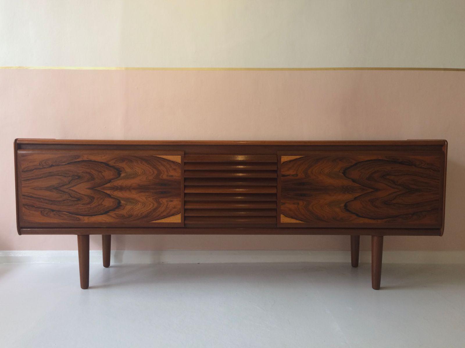 Mid-Century Sideboard aus Palisander von White & Newton