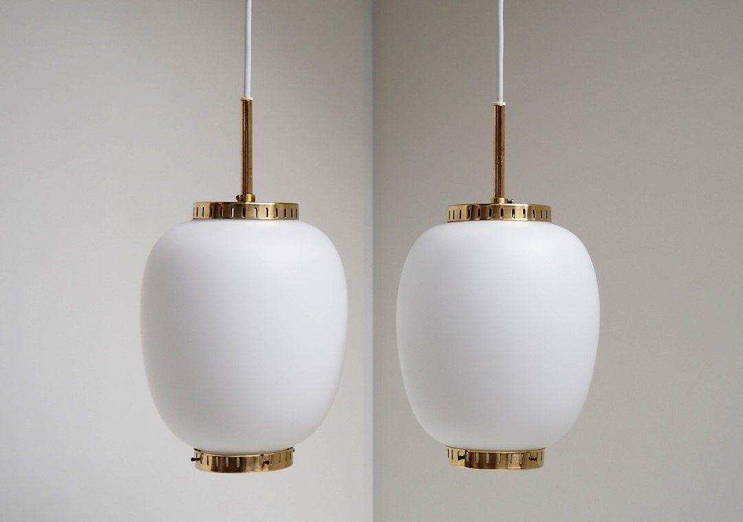 Weiße Kina Lampen aus Opalglas von Bent Karlby für Lyfa, 1950er, 2er S...
