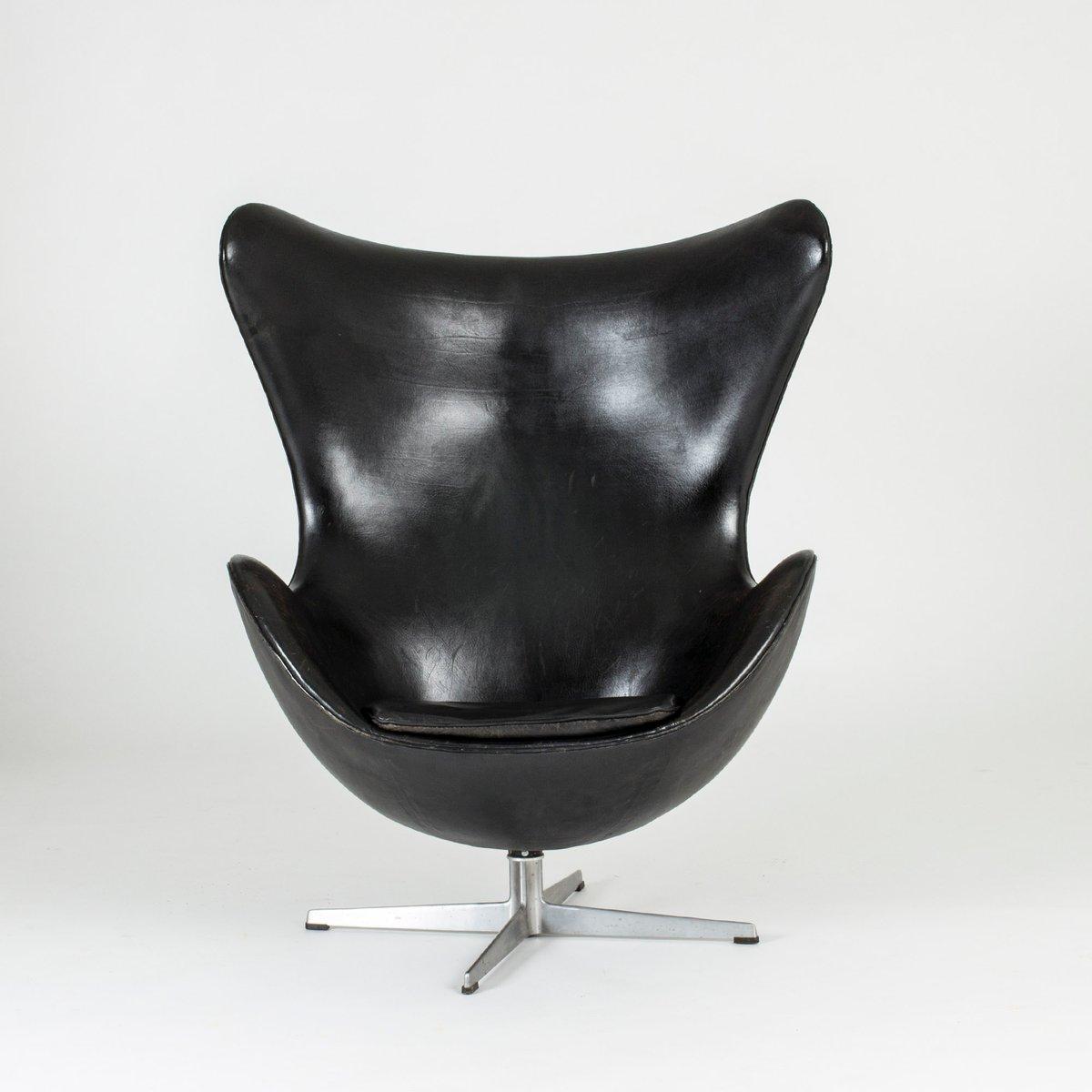 Poltrona Egg Di Arne Jacobsen Per Fritz Hansen Anni 60 In Vendita