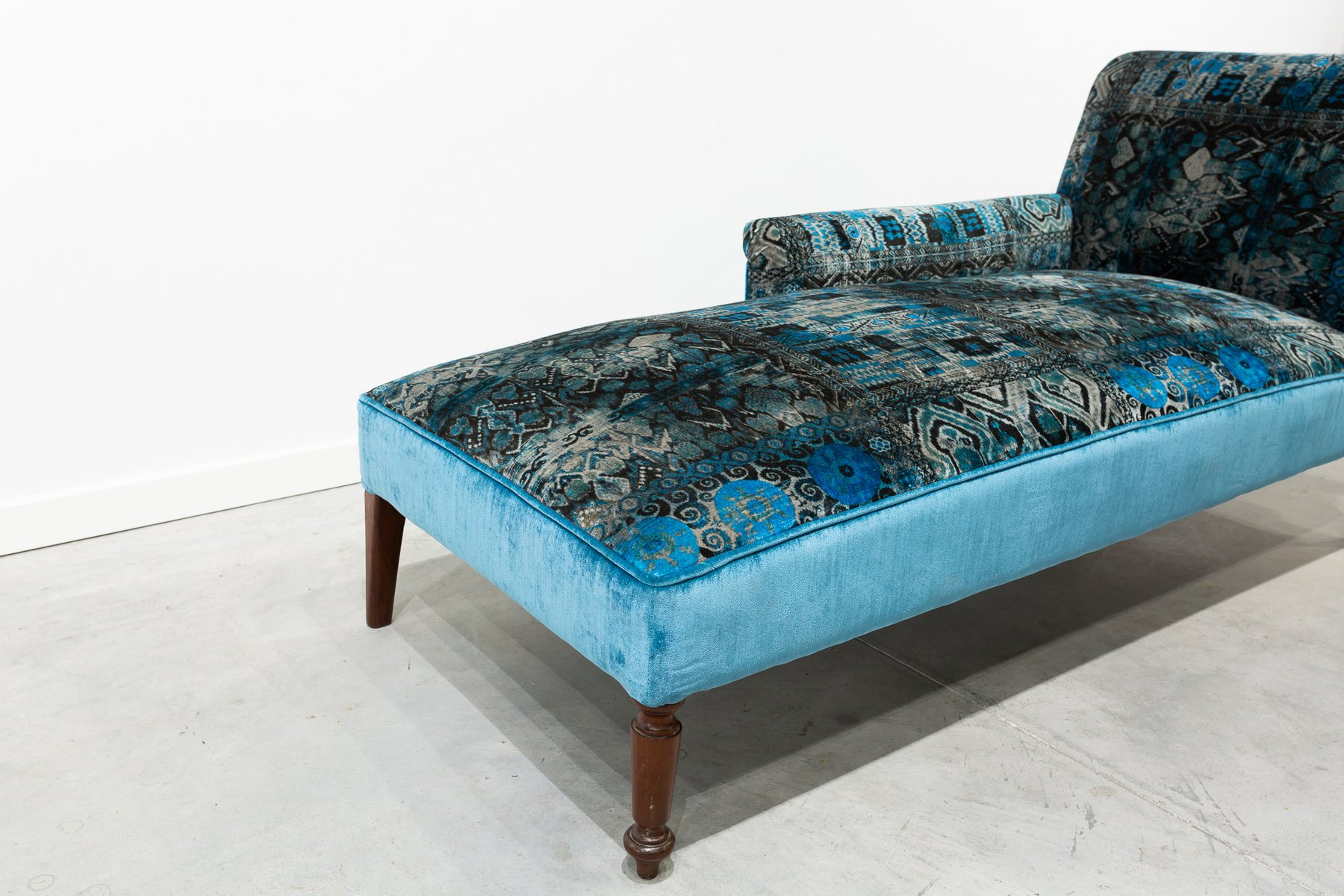 Antique Blue Velvet Chaise Lounge For Sale At Pamono