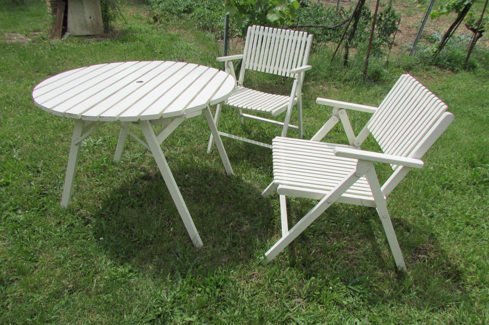 Tavolo e sedie da giardino pieghevoli di gleyzes anni 39 50 for Tavolo e sedie da giardino usati