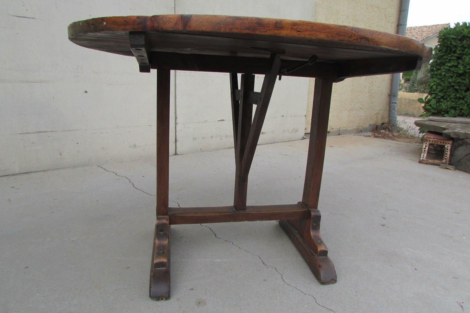 Tavolo rotondo antico, Francia in vendita su Pamono