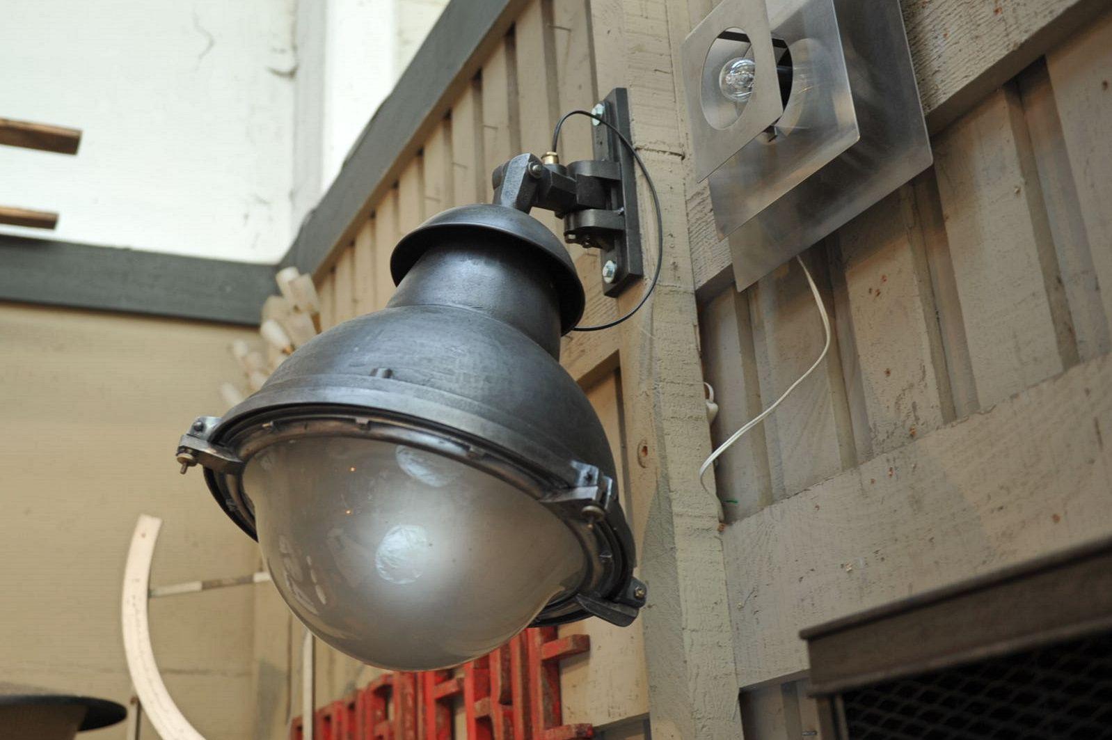 Industrielle Lampe aus Glas & Eisen, 1930er