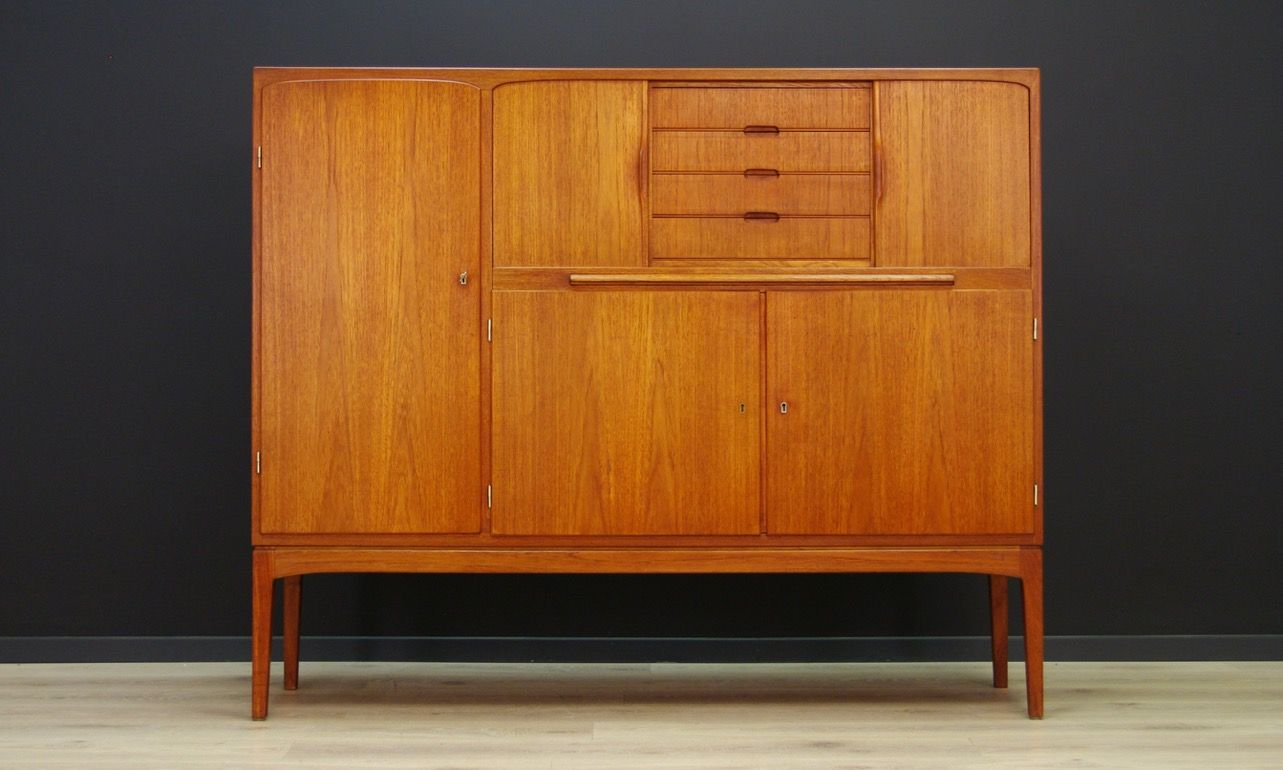 d nisches vintage highboard aus teak cafe konrad vib. Black Bedroom Furniture Sets. Home Design Ideas