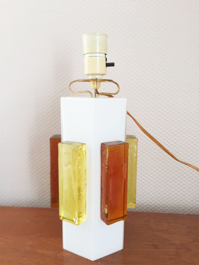 Skandinavische Lampe aus Opalglas, 1960er
