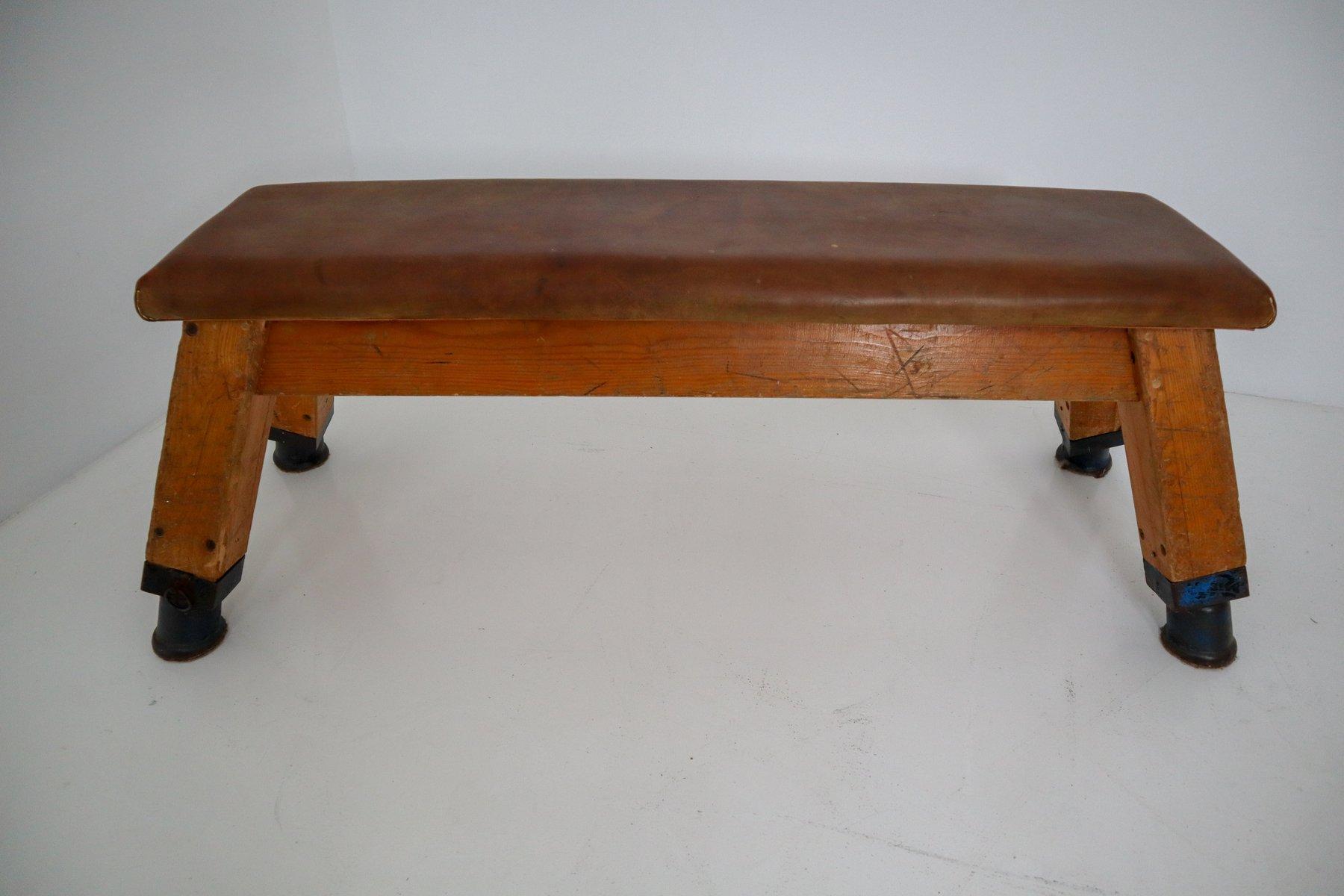 patinierte vintage turnbank oder tisch aus leder 1960er. Black Bedroom Furniture Sets. Home Design Ideas