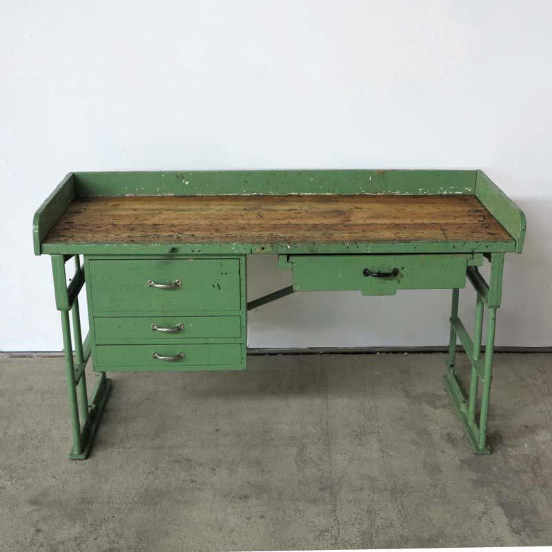 Tavolo da lavoro vintage industriale in vendita su pamono - Tavolo da falegname vendita ...