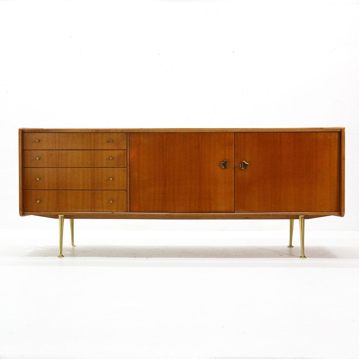 Sideboard aus Kirschholz & Messing, 1950er