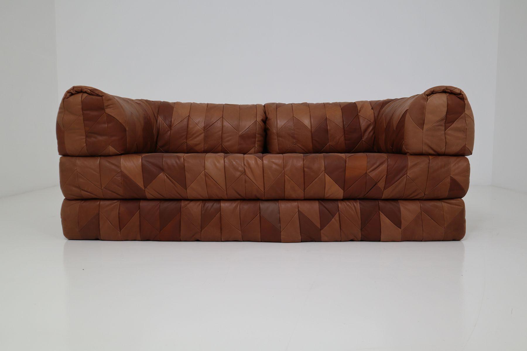 Cognacfarbenes Vintage Tagesbett aus Leder Patchwork, 1970er