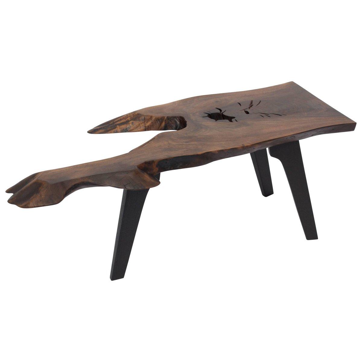 Tisch aus Mooreiche von Jörg Pietschmann