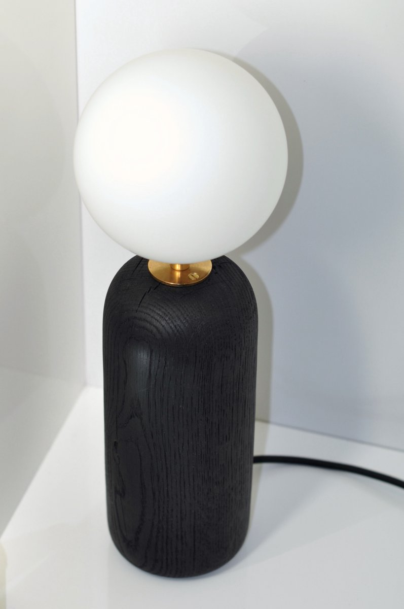 City Fog Tischlampe aus geflämmtem Holz von François Bazin