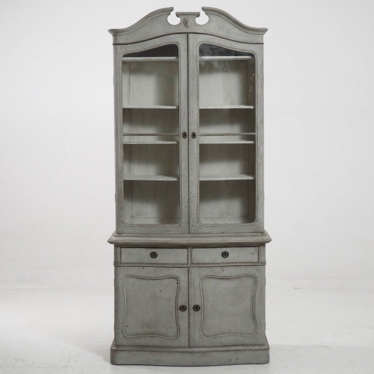 Antique 2-Piece Vitrine Cabinet - Antique 2-Piece Vitrine Cabinet For Sale At Pamono