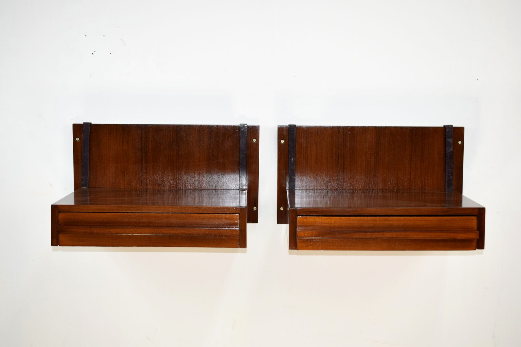 Italian Wall Hanging Shelves, 1960S, Set Of 2