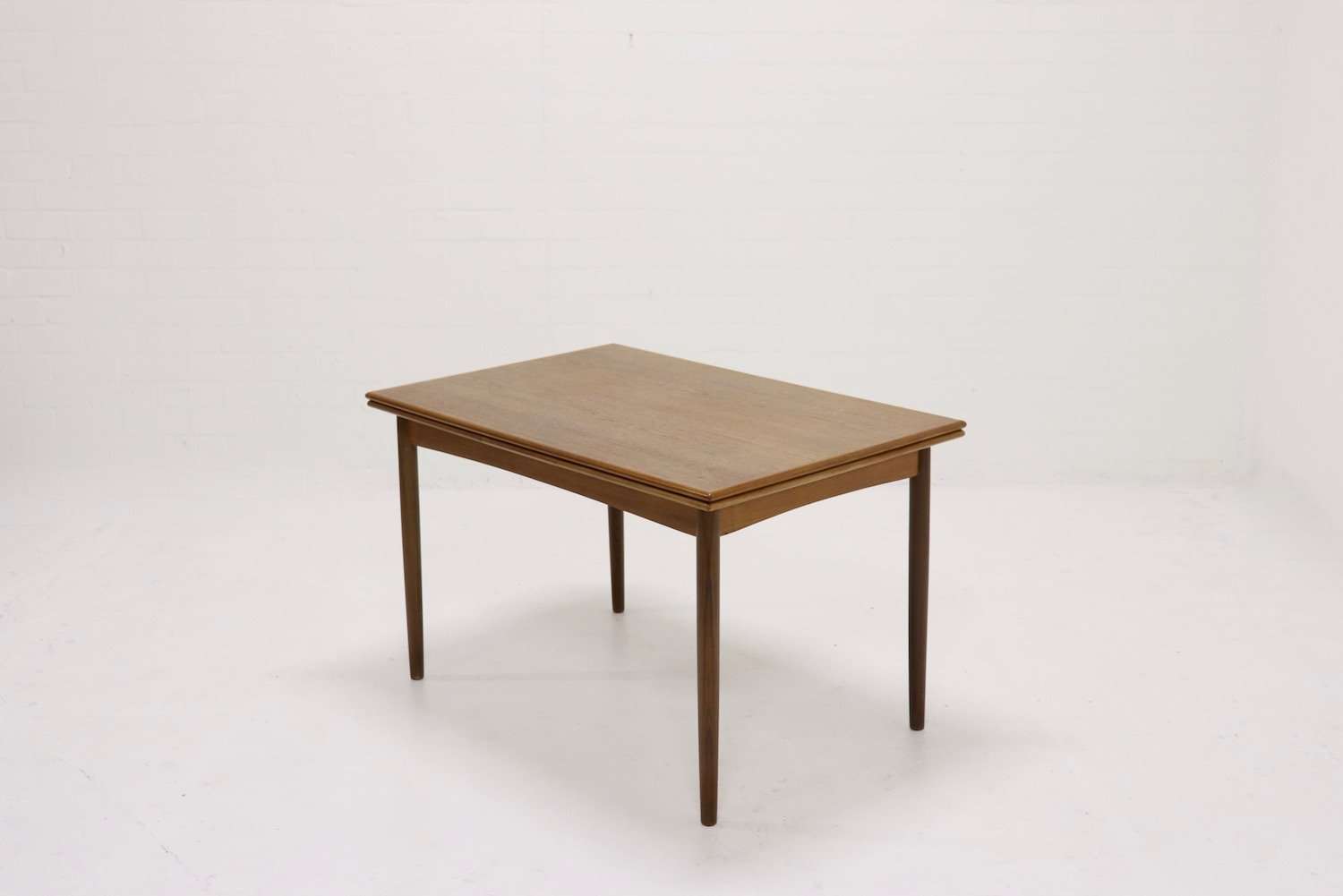 Mid-Century Extendable Teak Dining Table from Farstrup, 1960s