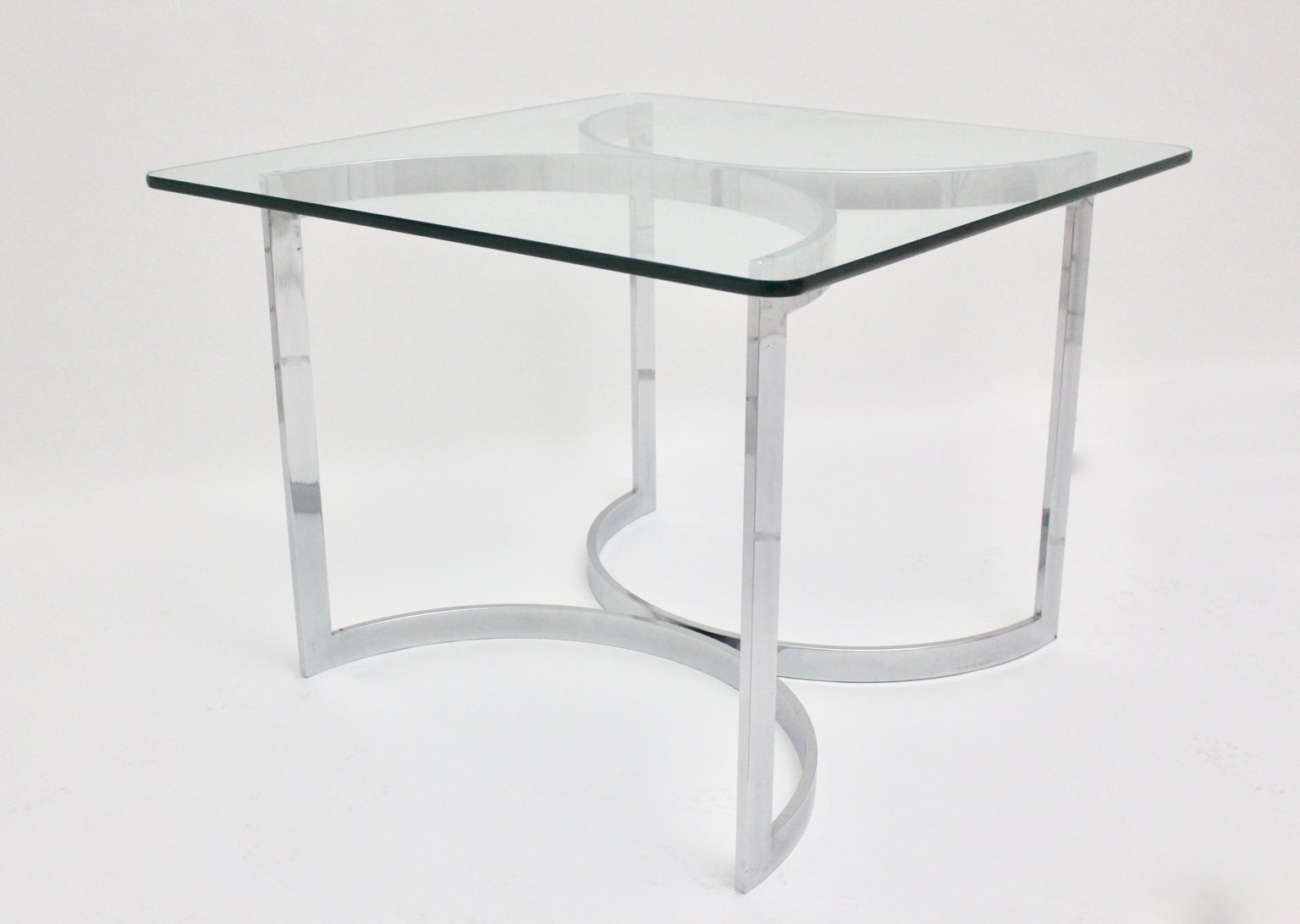 esstisch aus chrom und glas von merrow associates 1970er bei pamono kaufen. Black Bedroom Furniture Sets. Home Design Ideas