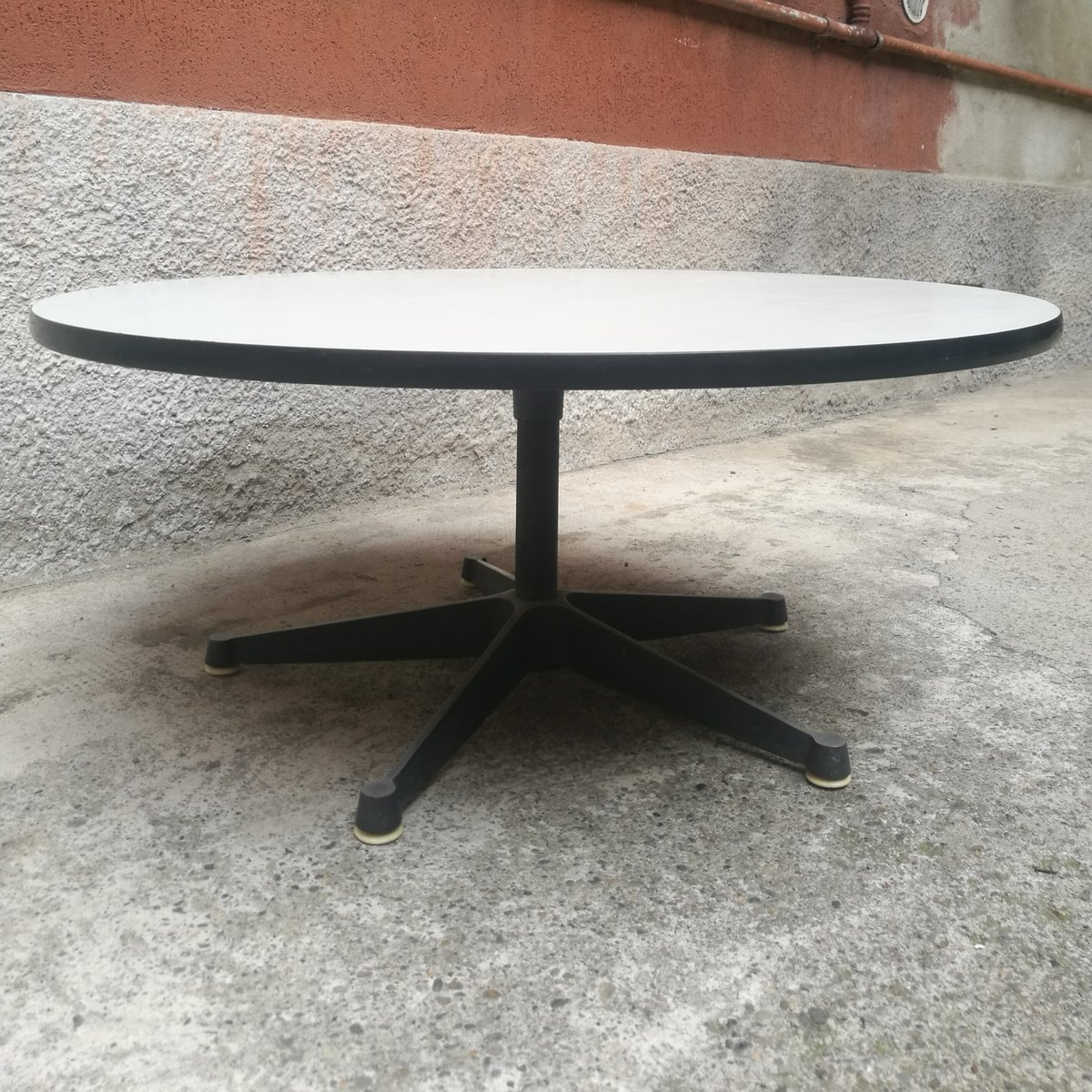 Coffee Table By Charles Eames For Herman Miller 1950s Bei Pamono Kaufen