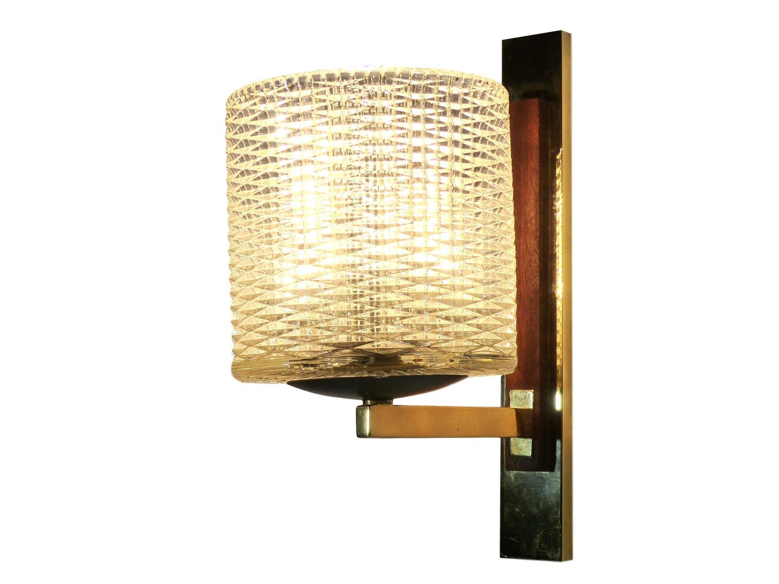 Applique in ottone e legno anni 60 set di 2 in vendita su pamono