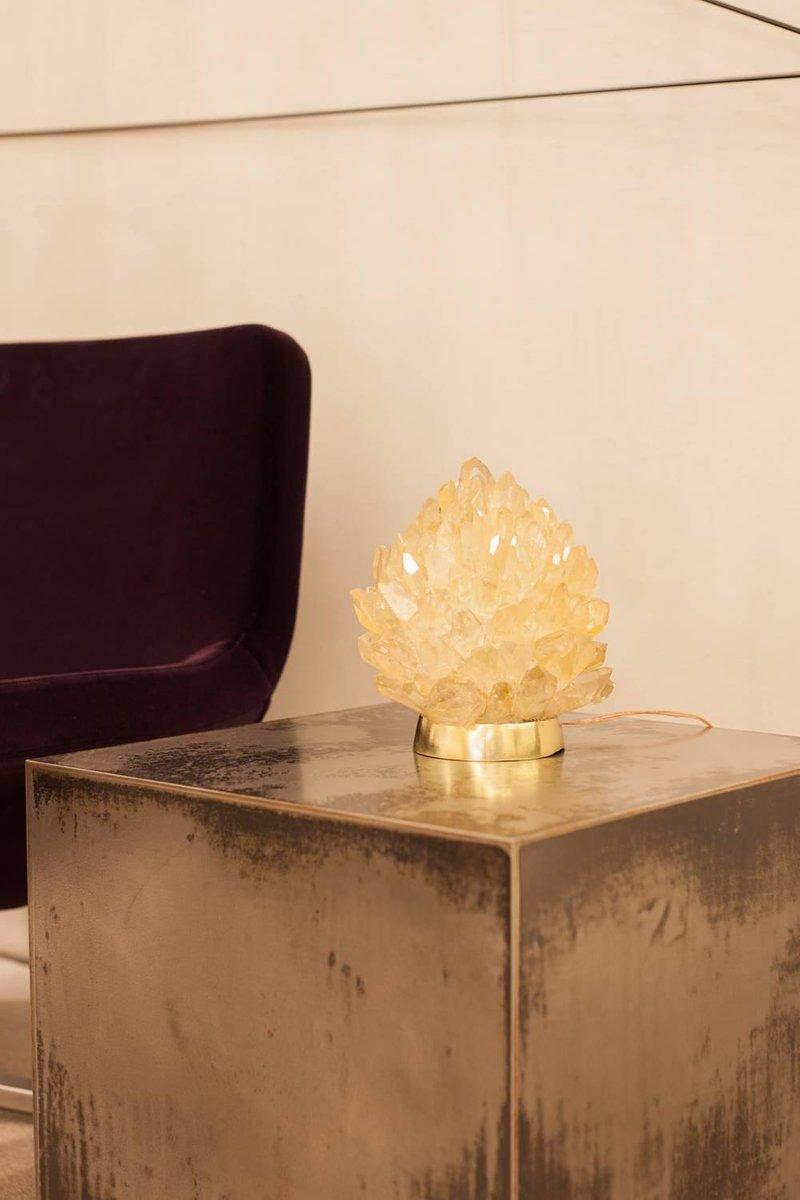 Small Liberty Tischlampe aus natürlichem Bernsteinquarz von Demian Qui...