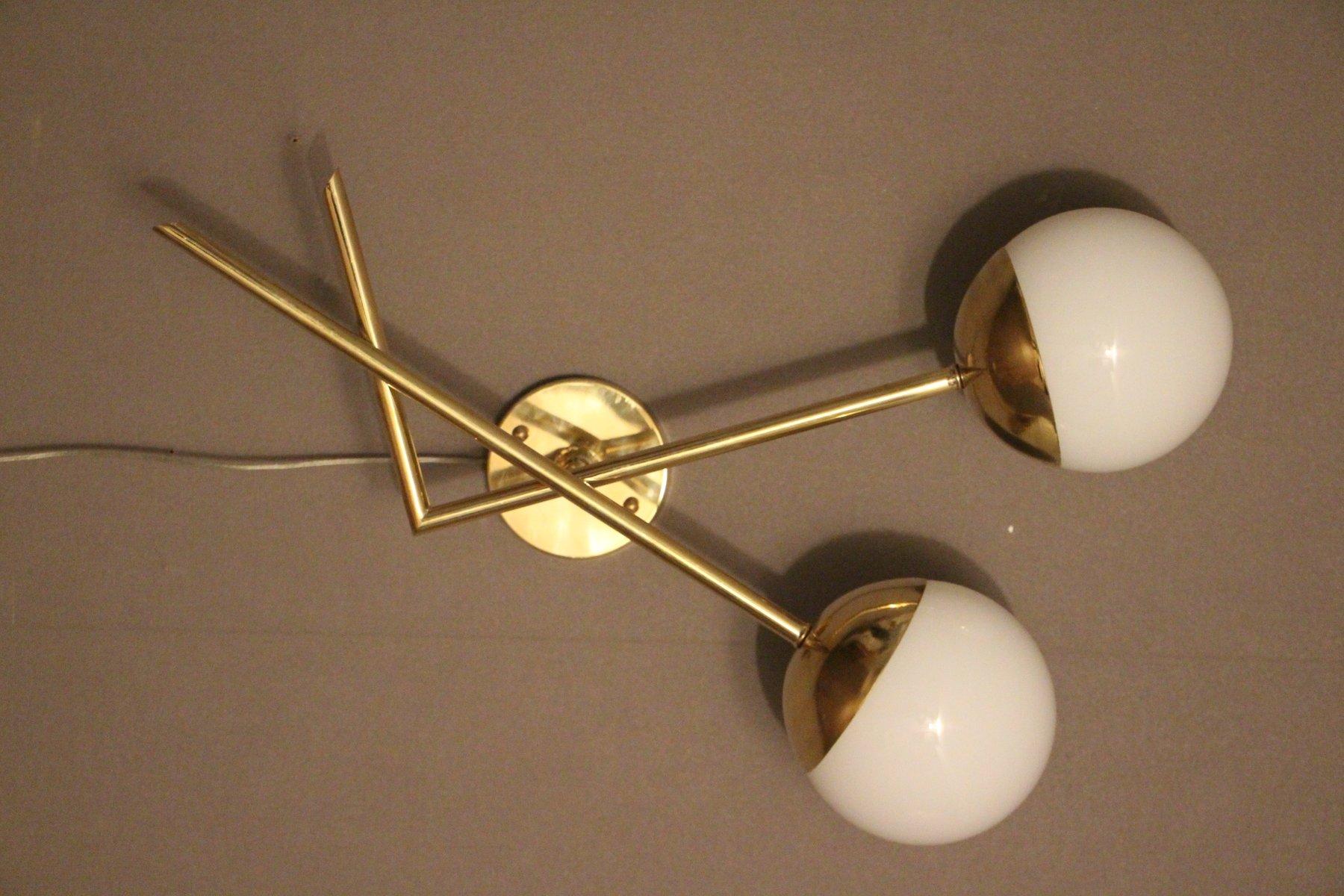 Weße italienische Wandlampen aus Muranoglas und Messing, 1970er, 2er S...