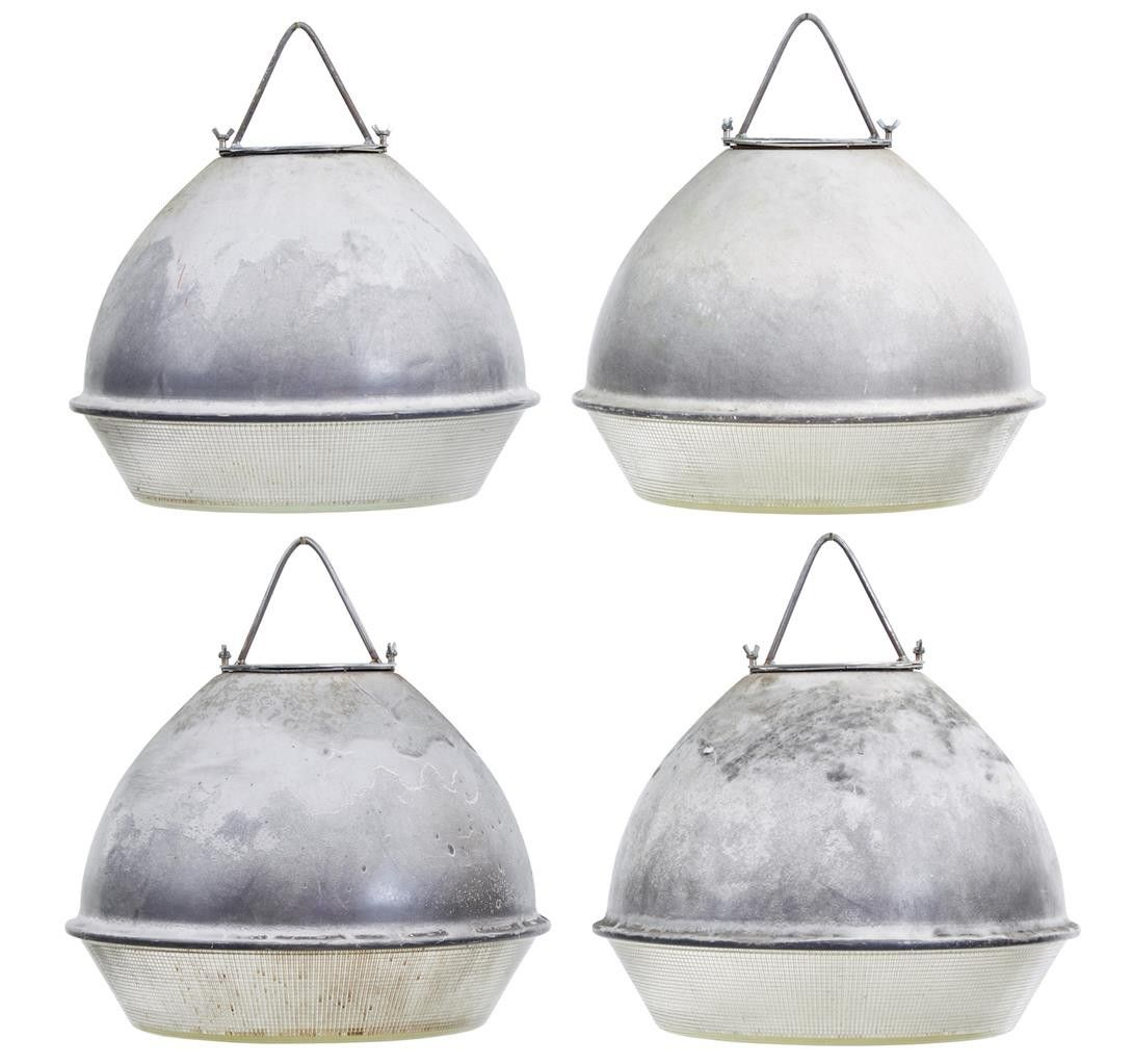 Galvanisierte Industriedeckenlampen, 1950er, 4er Set